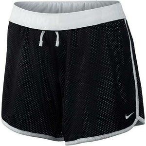 NWOT Women's Medium Dri-fit Mesh Shorts
